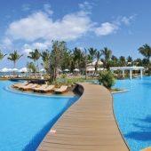 Panoramic-View-Pool-Sugar-Beach_1400x674_72_RGB-d64ac