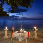 Savoy beach dinner