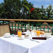 Savoy breakfast area