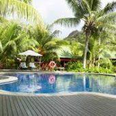 paradise-sun-pool-deck