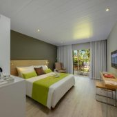 Mauricia Beachcomber Accommodation