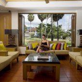 Sunset Beach Resort lounge