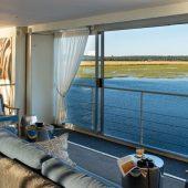 Zambezi-Queen-The-Lounge-545x441