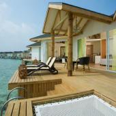 Cinnamon Dhonveli water villa